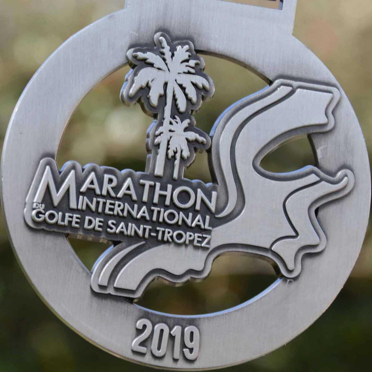 Médaille ronde créée pour le marathon international du Golfe de Saint Tropez