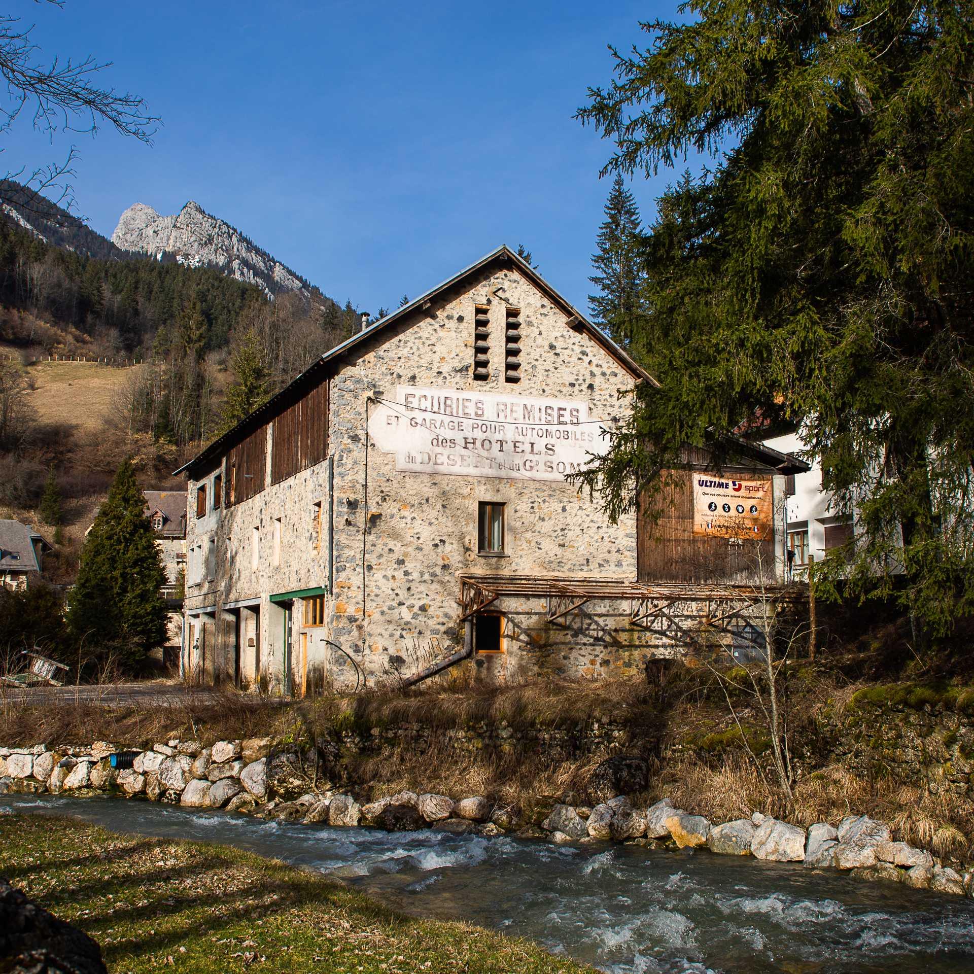 Bâtiment atelier Ultime Sportà Saint Pierre de Chartreuse