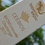 Trophée bois CEEBIOS - biomim expo