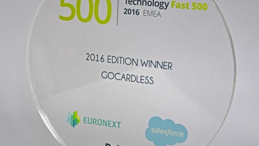 Détails de Trophée personnalisé pour Technology fast 500 EMEA Winner - Euronext - Deloitte - Salesforce